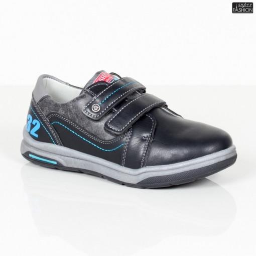 pantofi sport copii usori