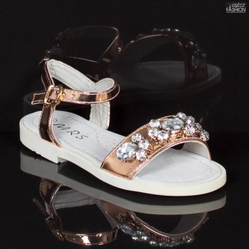 sandale fete cu catarama