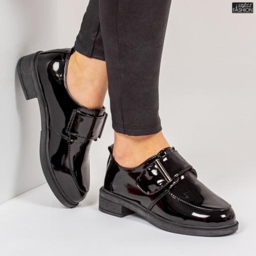 Pantofi ''WE Fashion F21 Black'' [D3D1]