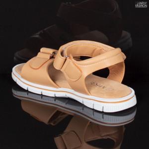 sandale fete lejere