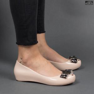 balerini dama eleganti