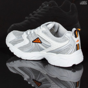 pantofi sport copii pentru drumetie