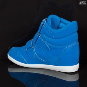 sneakers fete la reduceri
