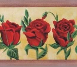 "Tablou ""5 trandafiri rosii"" rama maro"