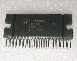 TDA8588AJ NXP ad1