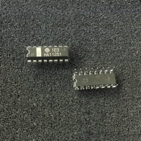 HA11251 Hitachi le2