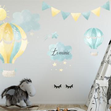 Sticker perete copii - Soare printre nori si nume personalizat