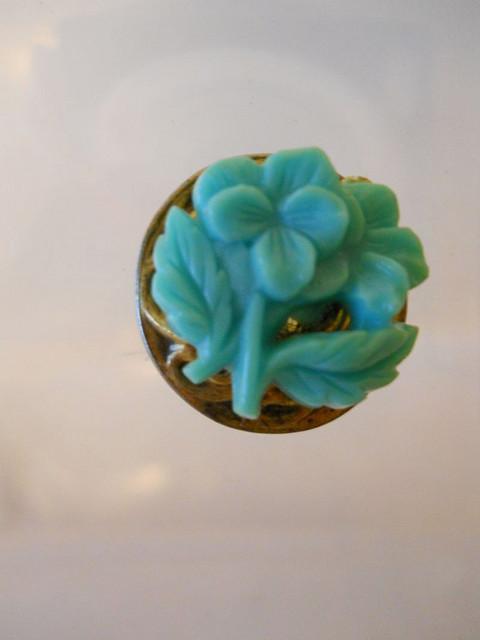 Cercei vintage floare verde din celuloid anii '30