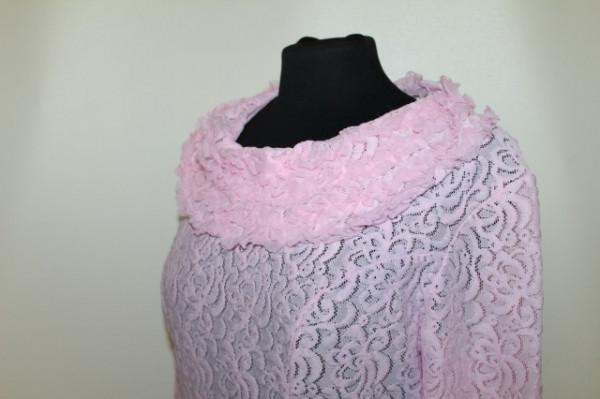 Lounge robe din dantela roz anii '70