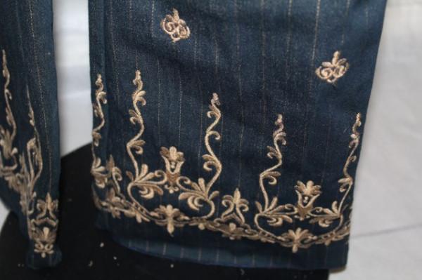 Pantaloni brodati anii '90
