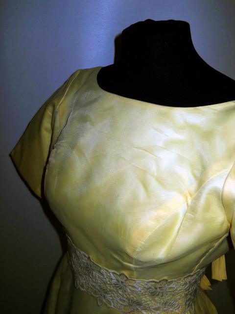 Rochie de seara vintage galben marzipan anii '60
