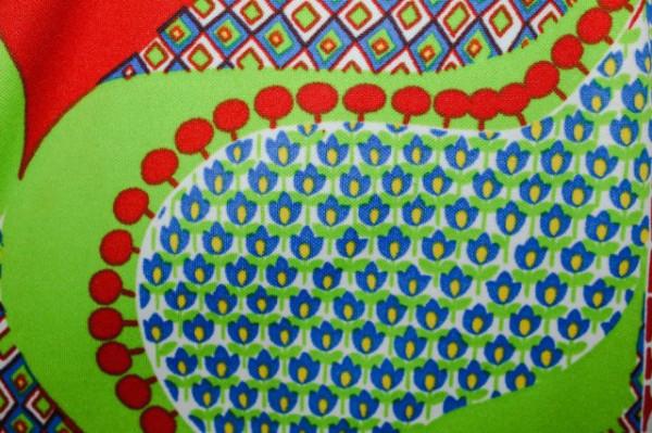 Rochie mod print verde acid, albastru si rosu anii '60