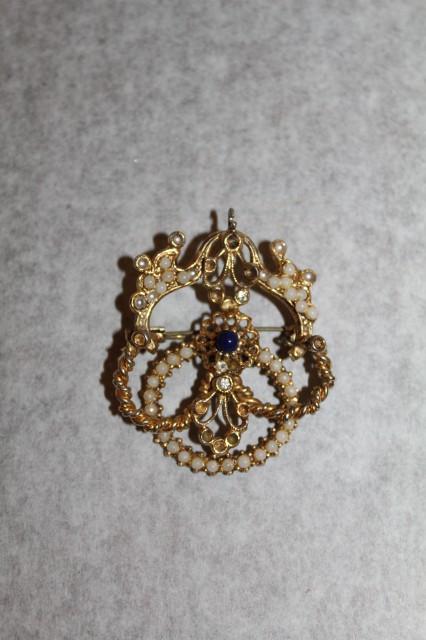 Brosa - pandativ cu ornament central albastru perioada edwardiana cca. 1900
