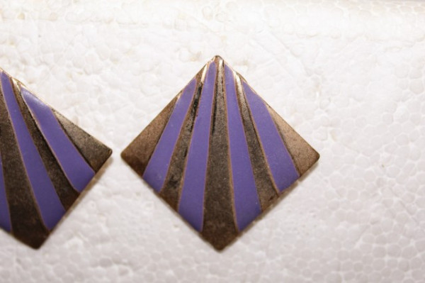 Cercei violet cu auriu anii '70