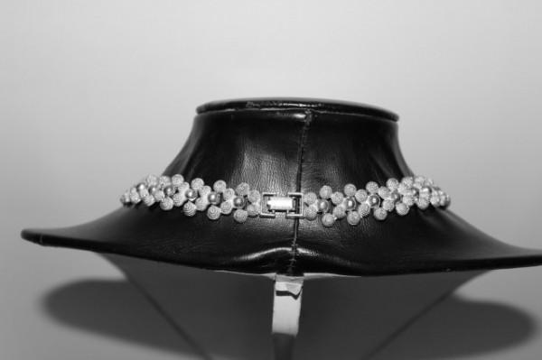 Colier argintiu anii 70