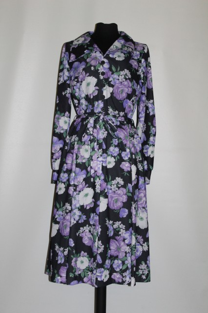 Rochie flori violet anii '70