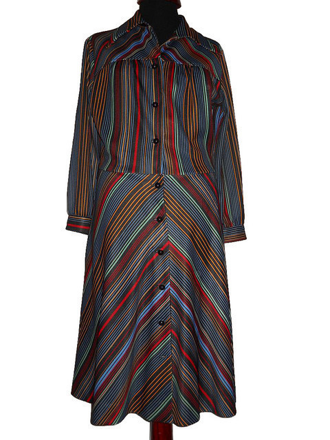 Rochie vintage cu dungi anii '70