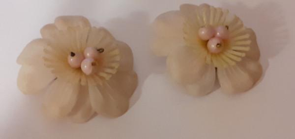 Cercei floare petale moi anii 50
