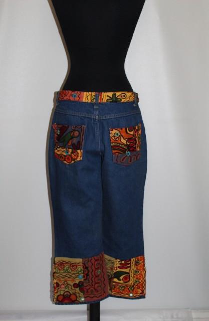 Jeans aplicatii stil etnic anii '80