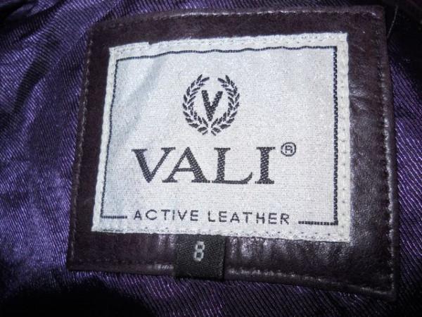 "Pardesiu din piele violet ""Vali"" anii '70"