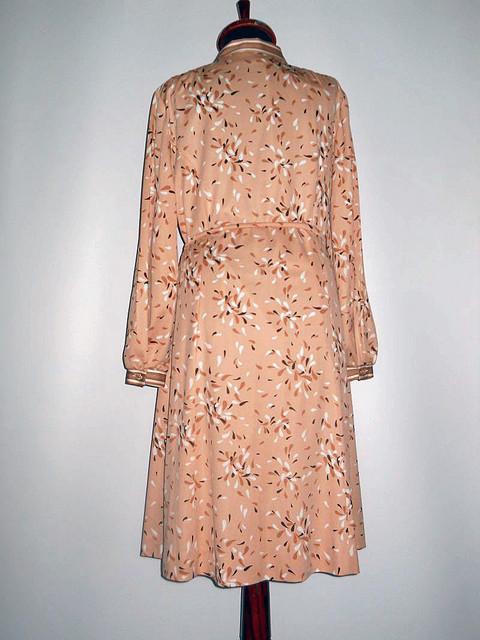 Rochie vintage roz antic print vegetal anii '70