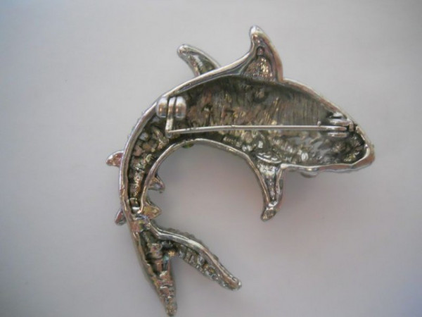 Brosa rechin anii '80