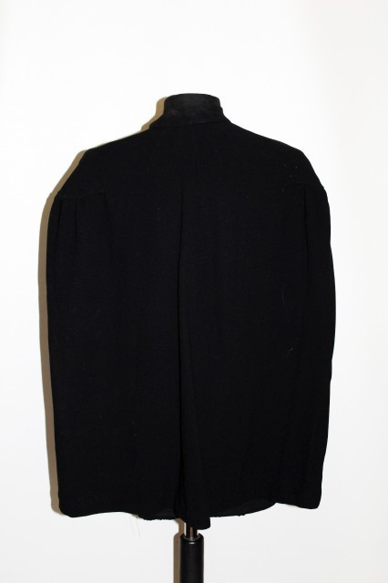 Capa vintage neagra anii '30