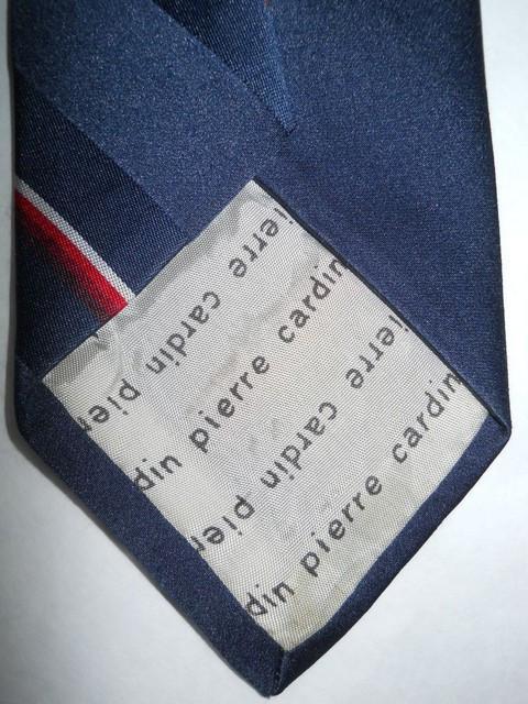 "Cravata bleumarin cu dungi ""Pierre Cardin"" anii '60"