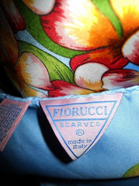 "Esarfa ""Fiorucci"""