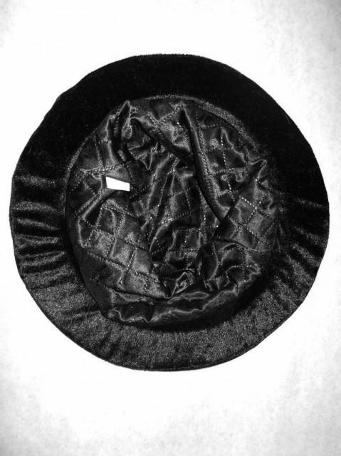 Palarie din catifea neagra repro anii '60