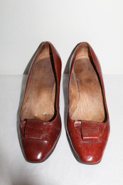 Pantofi maro stamp crocodil anii '50