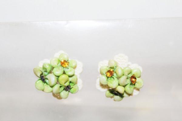 Cercei vintage floare alb cu verde anii '40 - '50