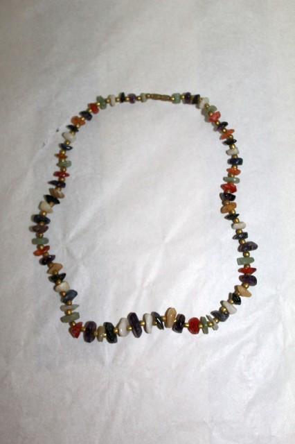 Colier pietre semiprețioase multicolore anii 60