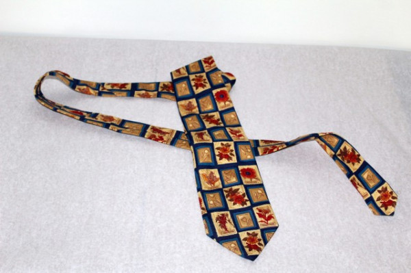 Cravata Yves Saint Laurent flori in chenar