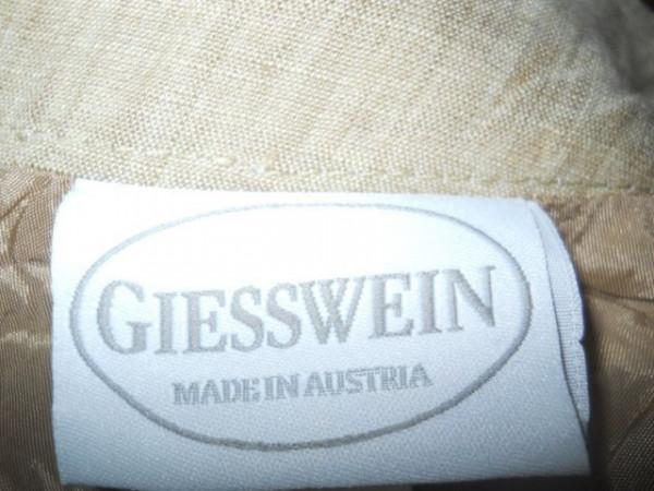 "Fusta"" Giesswein"" repro anii '70"