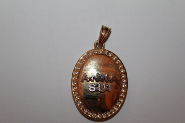 Pandantiv Anna Sui