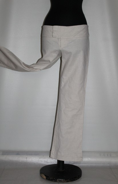 "Poze Pantaloni crem ""Necessary Objects"" anii '90"