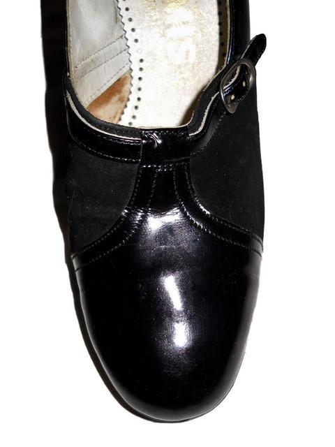 Pantofi vintage negri din lac si antilopa anii '70