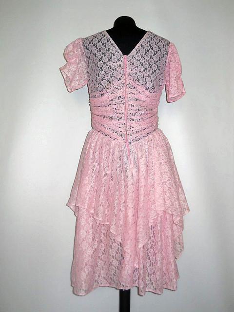 Rochie dantela roz anii '70