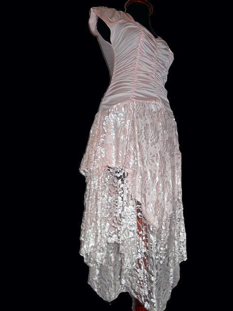 Rochie retro de ocazie roz deschis din dantela anii '80