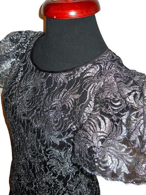 Rochie vintage de ocazie cu flori stilzate argintii anii '70
