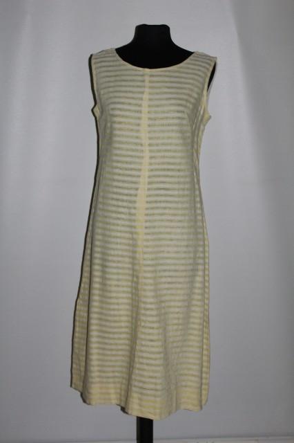 Rochie vintage din in tesut anii '50
