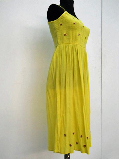 Rochie vintage din panza topita galbena anii '70
