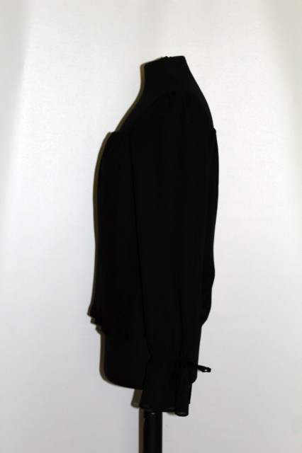 Bluza neagra stil romantic repro anii '70