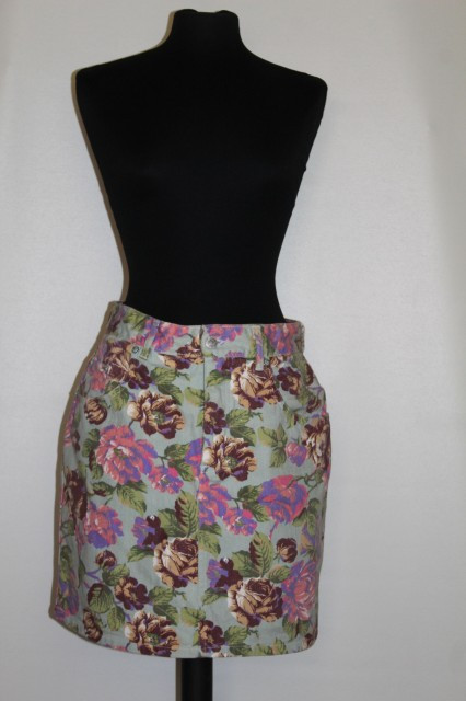 Fusta din jeans print floral anii '80 - '90