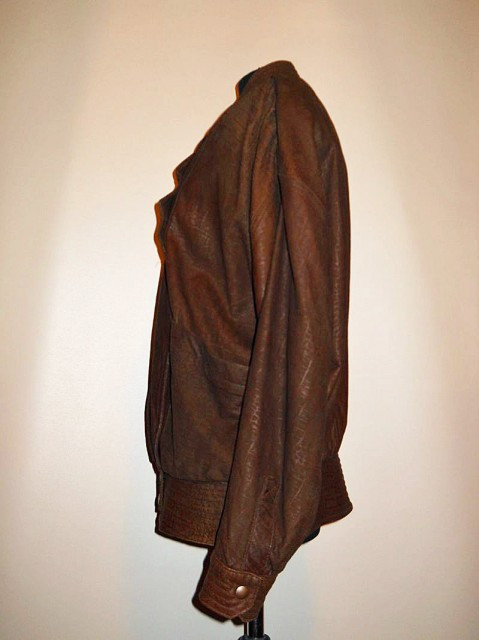 "Jacheta retro din piele ""Penny Howson"" anii '80"