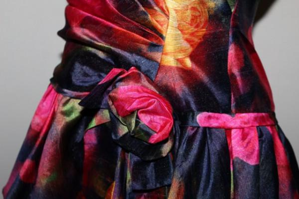 Rochie de ocazie retro print trandafiri anii '80