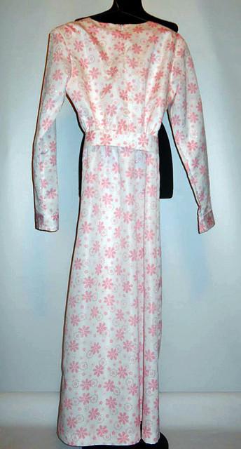 Rochie flori roz in relief anii '60