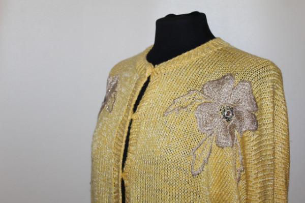 Cardigan galben flori brodate anii 70