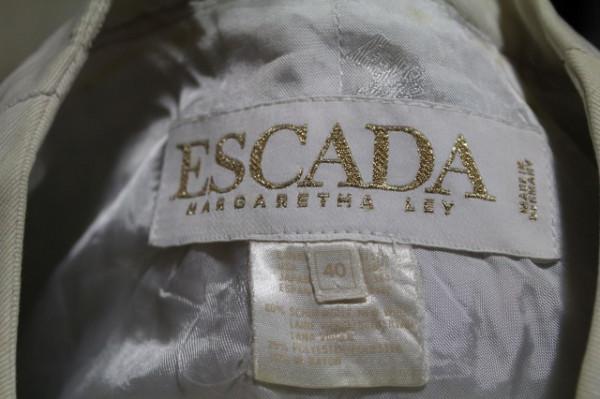 "Jacheta carouri bleu ""Escada"""